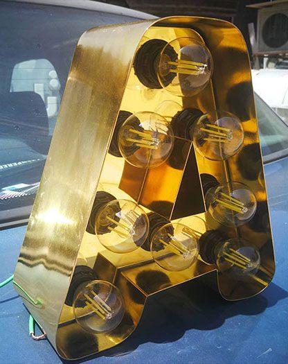 تابلو لاسوگاسی استیل طلایی