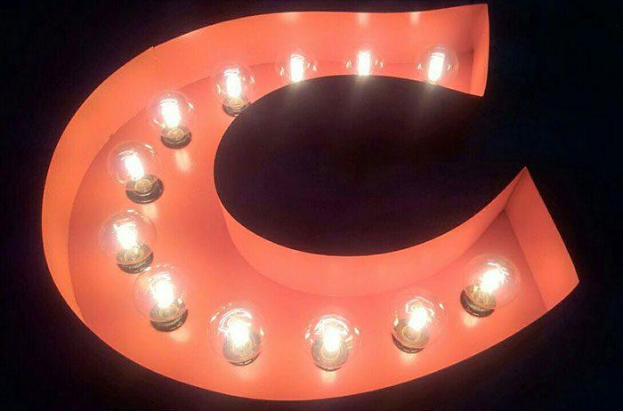 تابلو لاسوگاسی با لامپ شیشه ای