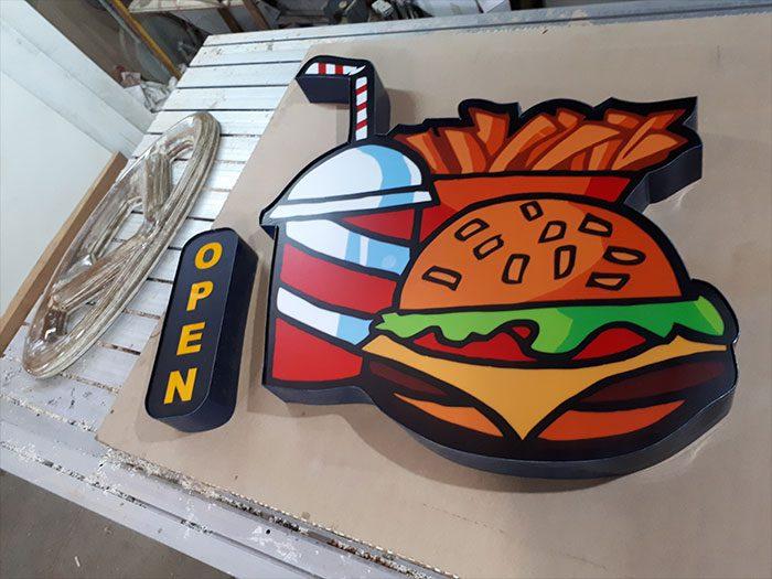 تابلو چلنیوم همبرگر