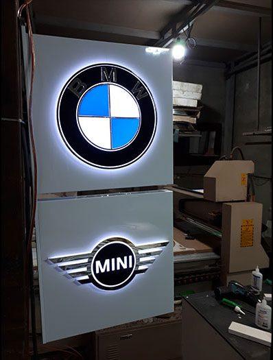 تابلو کامپوزیت BMW