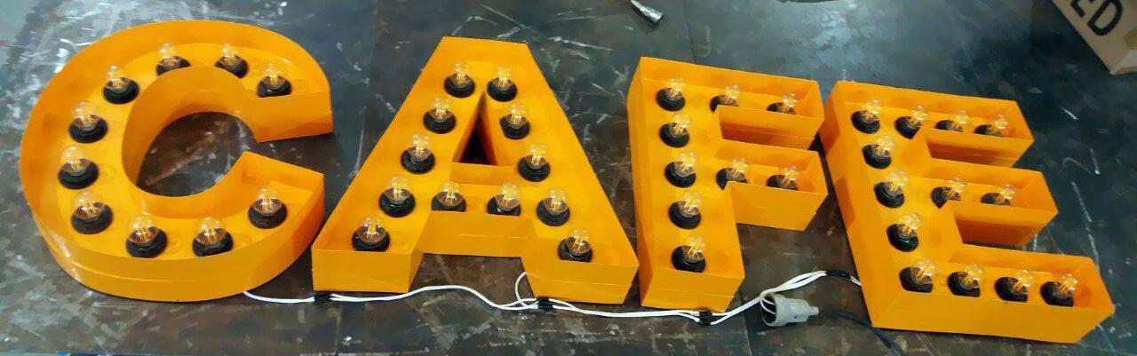 حروف لاس وگاسی با لامپ فلامینتی