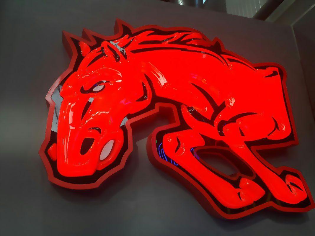 ساخت لوگوی وکیوم سه بعدی اسب