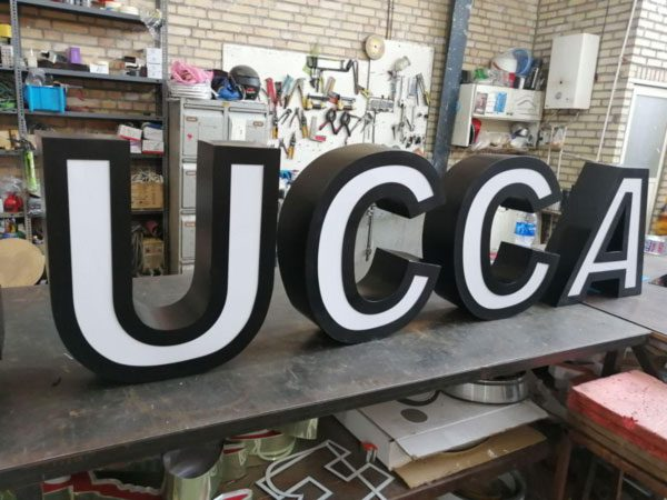 ساخت حروف فلز ورق ضخیم لبه 15 سانت رنگ کوره ای سوپر مات مشکی